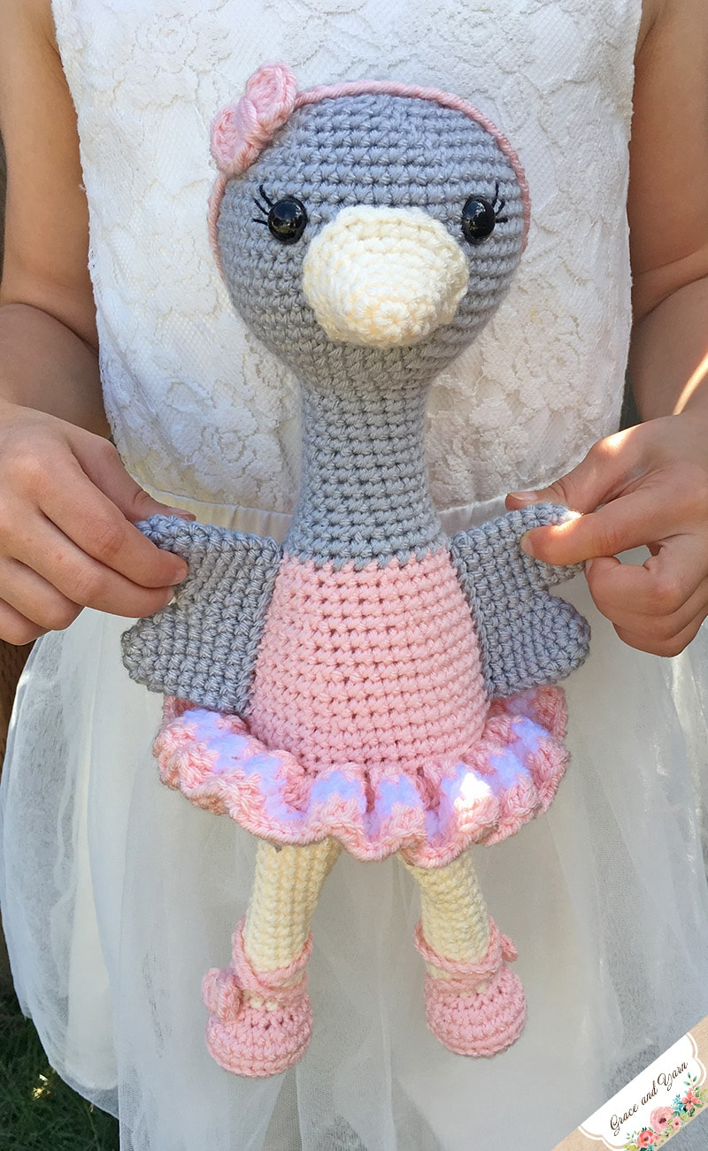 CROCHET PATTERN in English and Spanish - Tracey the Ballerina Doll - 11  in./28 cm. tall - Amigurumi Doll Crochet Toy - Instant PDF Download in 2020  (With images) | 1301x800