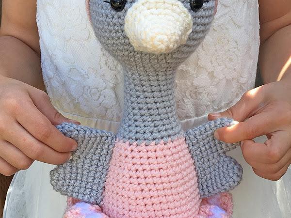 Amigurumi Ballerina Ostrich - A Free Crochet Pattern