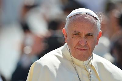 Resultado de imagem para papa e os fundamentalistas