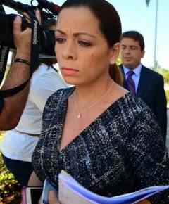 Archivaran Cargos a periodista Yesenia