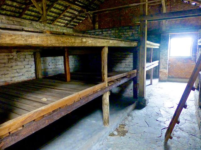 Birkenau, interior de los barracones de prisioneros