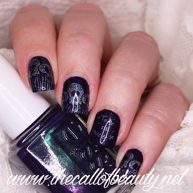 Hamlet inspired nail art