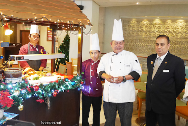 The Chef from Royale Bintang Kuala Lumpur was in attendance, to explain his Christmas dishes to us