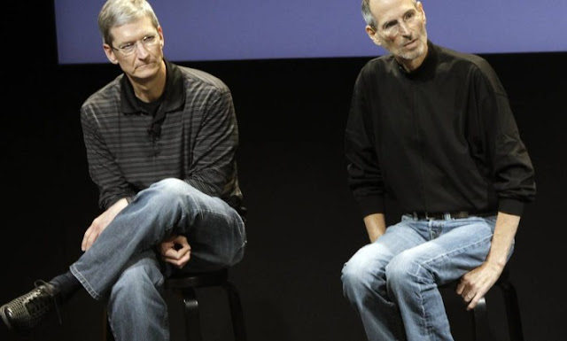 Tim Cook e Steve Jobs - MichellHilton.com