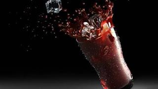 ماذا يحصل لجسمك بعد ساعة من استهلاك الكوكاكولا؟