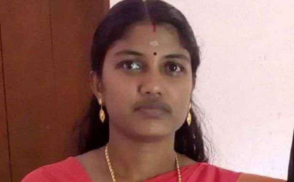 Teacher dies after scooter accident, Teacher, News, Local-News, Teacher, Dead, Obituary, Accidental Death, Kerala