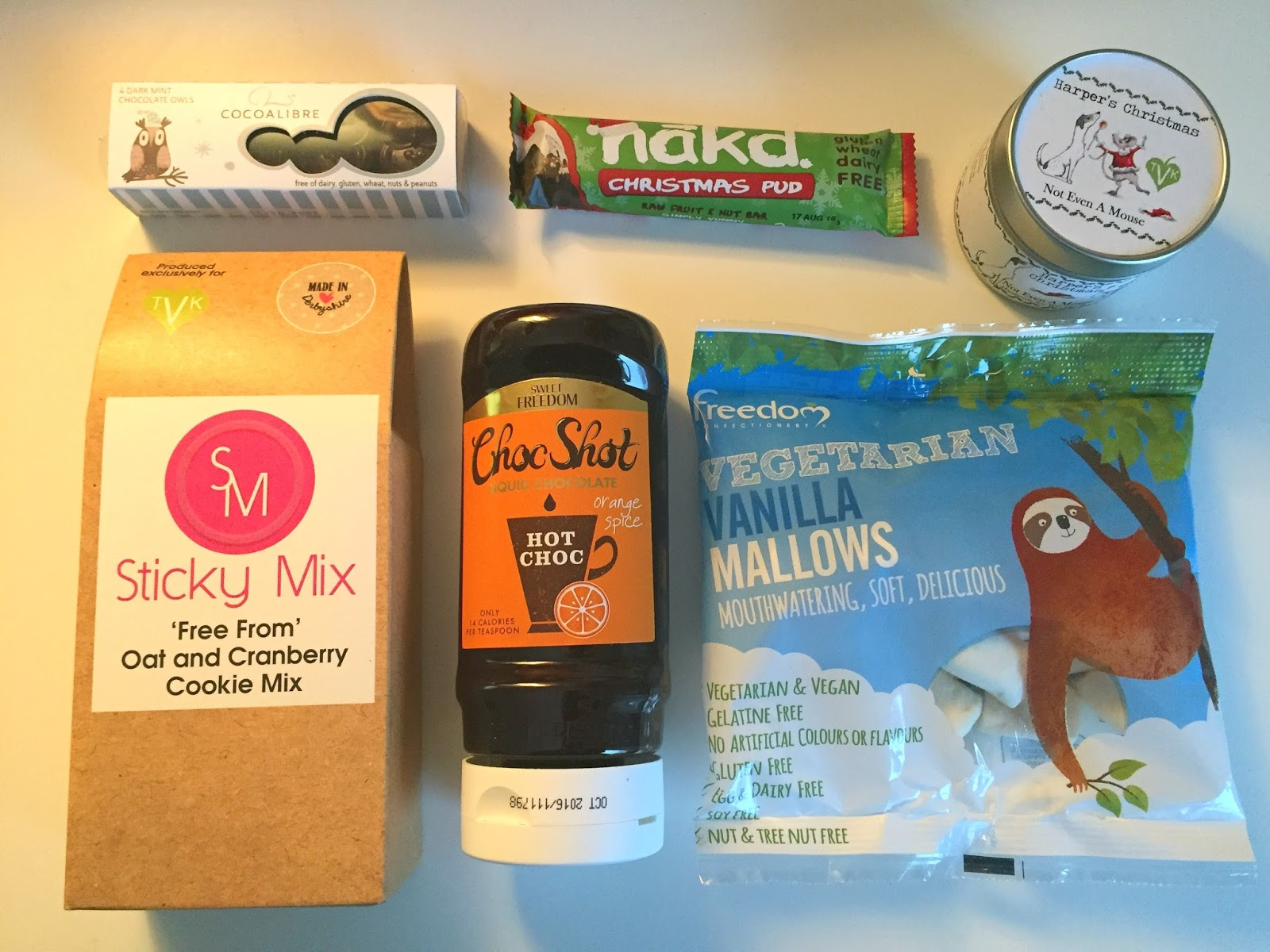 The Vegan Kind Subscription Box December 2015 TVK26