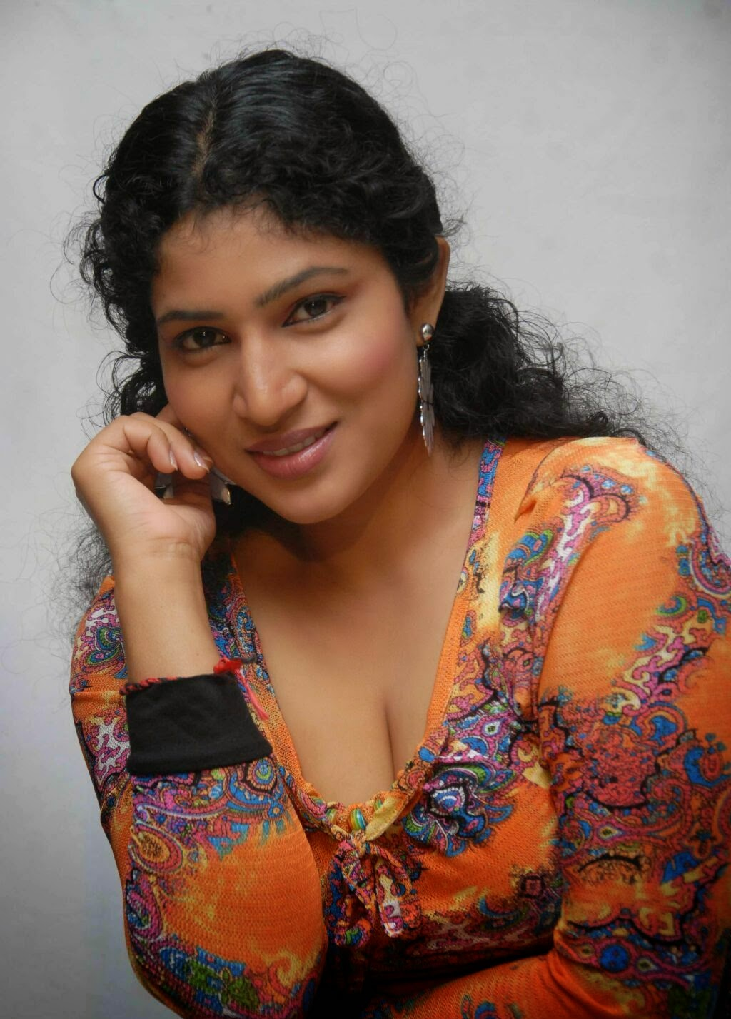 Kannada Actress Shobina Latest Hot Photo Gallery  Hq Pics -8905