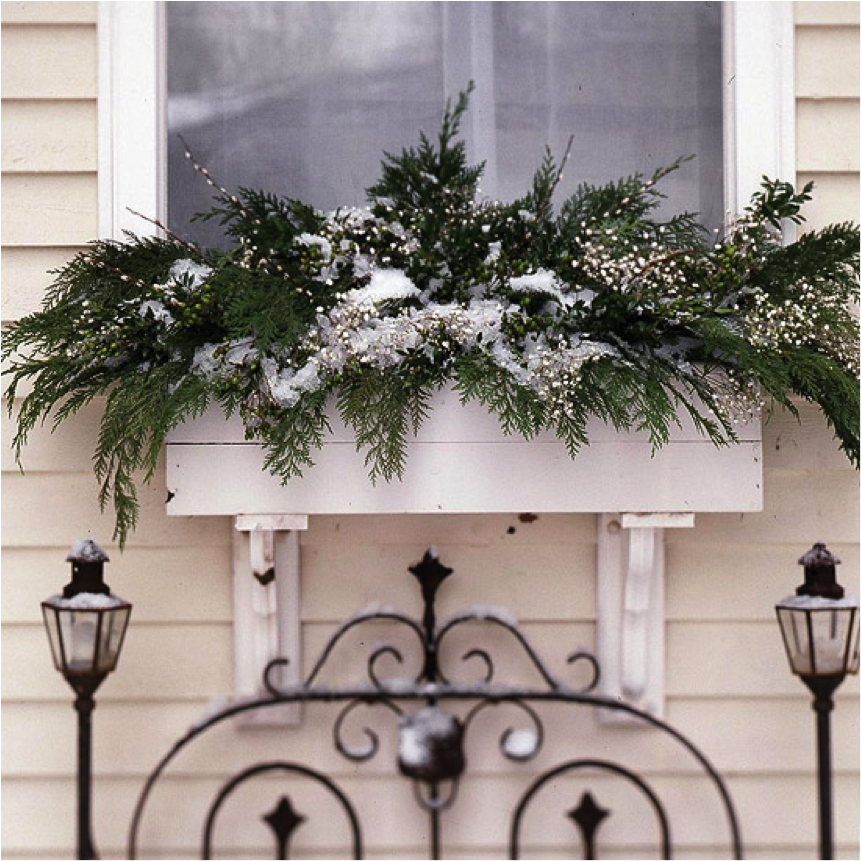 Let's Decorate Online: Bringing Christmas Atmosphere to ...