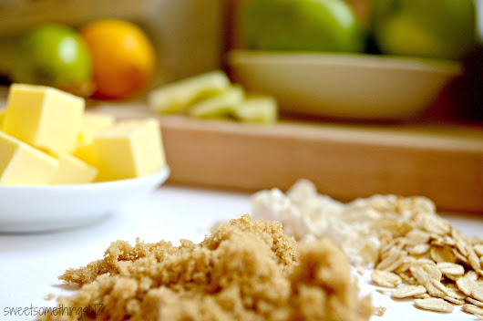 A family classic with a zesty twist // Apple Crumble