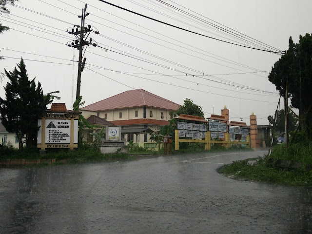 Kantor Balai Desa Caturharjo