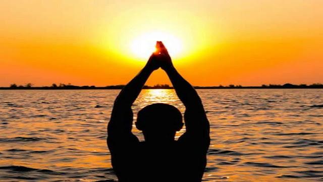 sun rise, surya ko jal dena