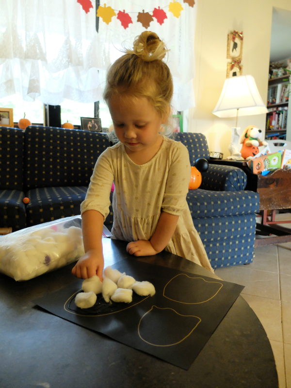 Halloween crafts, cotton ball ghosts