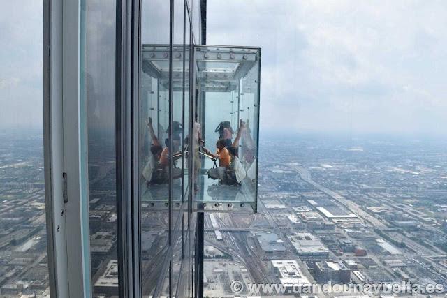 Balcon al aire libre en la Torre Willis Chicago