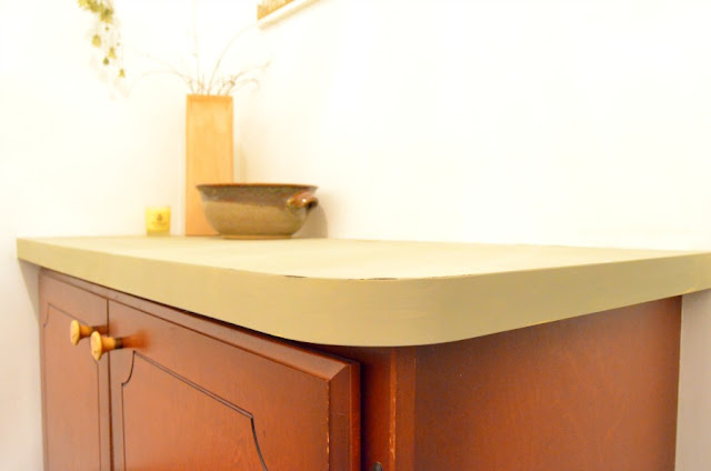 Countertop with Dixie Belle Chalk Paint