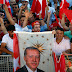 Ερντογάν: Δεν θα ξεχάσουμε ποτέ όσους προστάτεψαν τους πραξικοπηματίες.