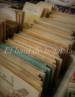 Gran número de postales antiguas en el Desembalaje de Irun