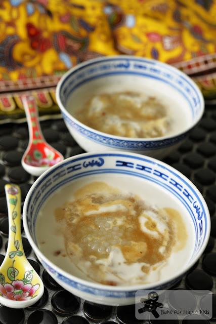 light and easy traditional gula Melaka sago pudding