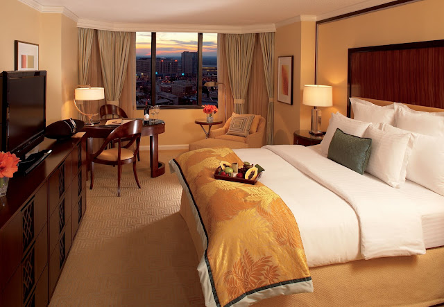 The Ritz-Carlton, Atlanta, located downtown, features luxury hotel amenities including newly renovated accommodations and Southern-inspired dining.