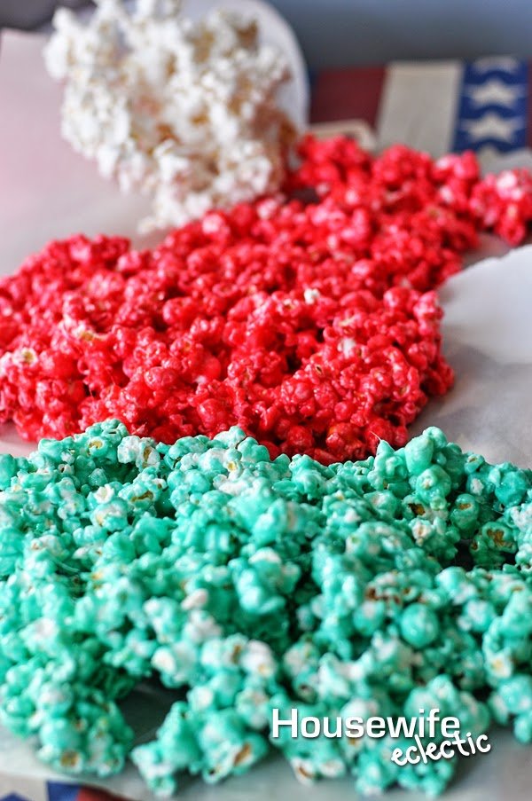 Housewife Eclectic: 4th of July Kool-Aid Popcorn #KoolOff #CollectiveBias #Shop
