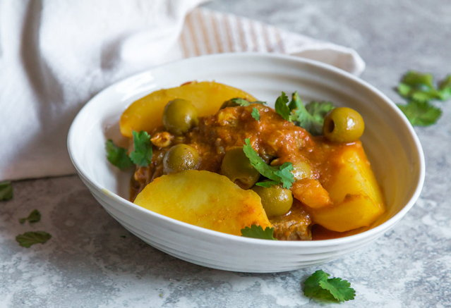 LAMB, POTATOES AND OLIVES MOROCCAN TAGINE