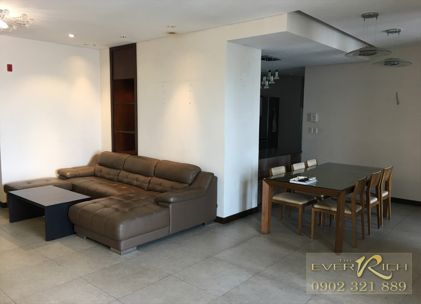 Tìm khách thuê căn hộ 161m2 có 3 phòng ngủ tại The Everrich Quận 11