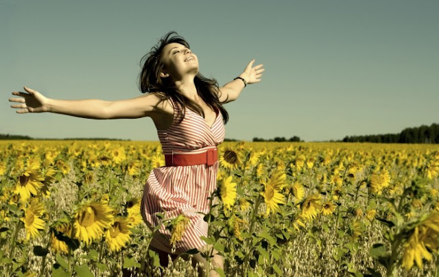 How To Be Happy: 5 Life-Changing Facts About Happiness