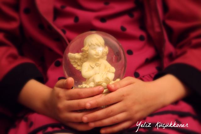 angel melek kar küresi