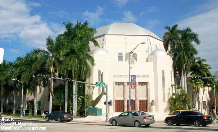 Temple Emanu El Miami Beach Florida Also Known As The South Synagogue Is A Historic Located In District