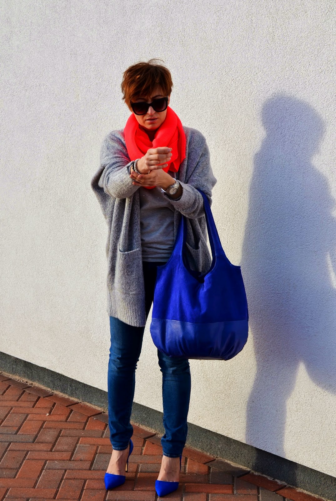 Adriana Style Blog, Big Jumper Oversize Sweater, blog modowy Puławy, Cobalt Heels, Fashion, H&M Coral Scarf, moda, Oversize Jumper, Phenomenal us challenge, Wrangler Jeans,
