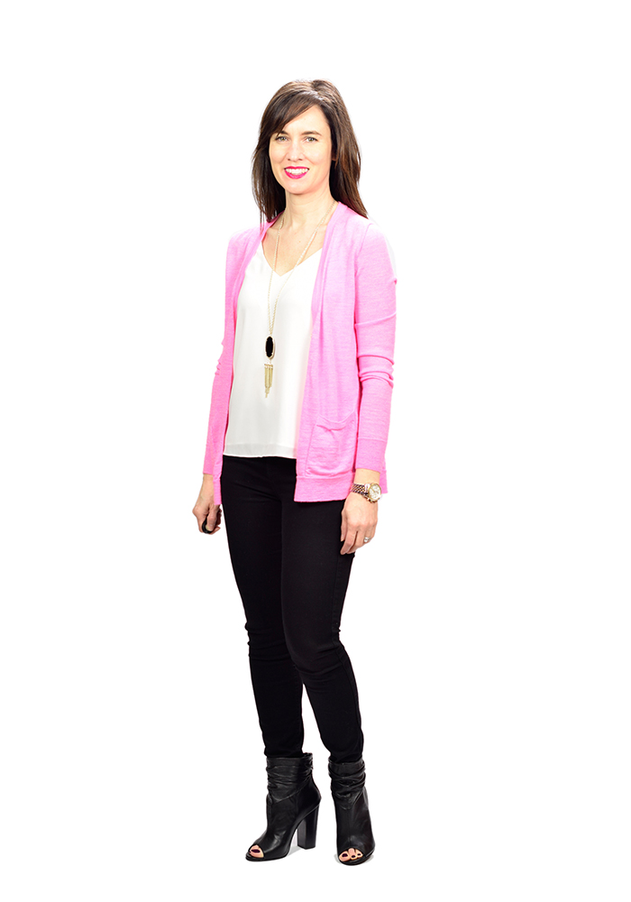pink sweater, spring sweater, black jeans summer