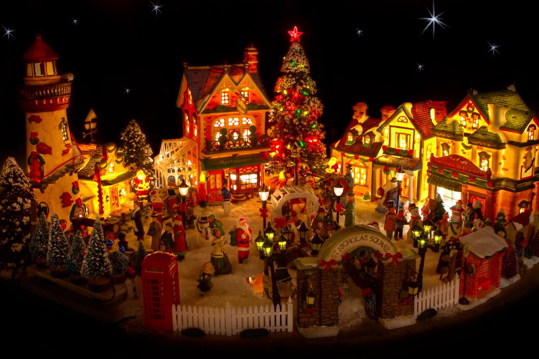 Tabletop Christmas Tree With Lights