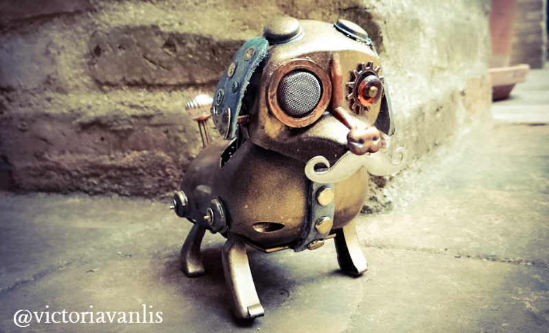 steampunk-dog-pet-victoria-van-lis