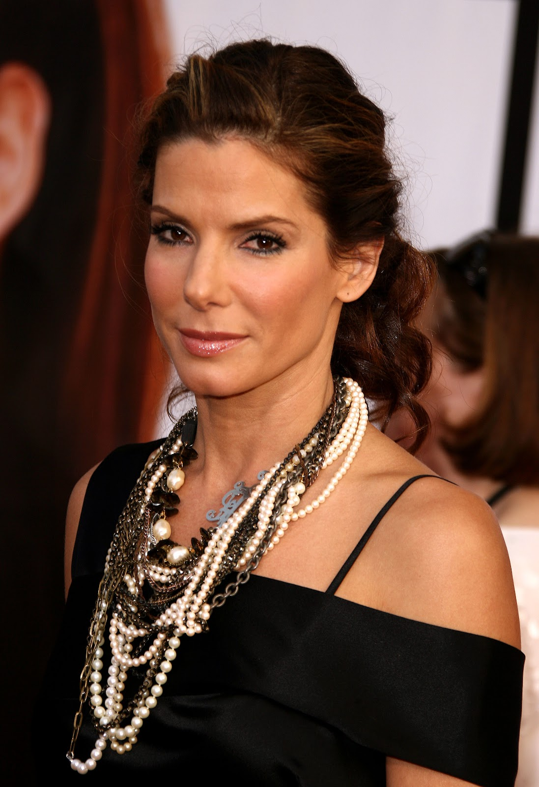 Celebrity Hairstyles Sandra Bullock