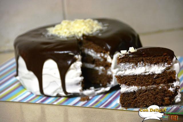 עוגת יום הולדת בשכבות Layer cake