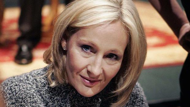 """News: The Casual Vacancy   O livro para """"adultos"""" de J.K.Rowling no Brasil. 7"""