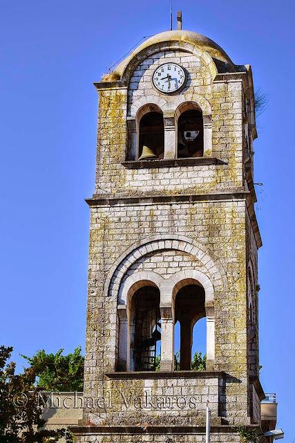 Αποτέλεσμα εικόνας για ασπρο φωσ σε ναο
