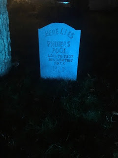 DIY Haunted Mansion tombstone