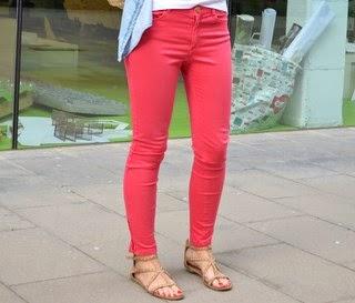 4 maneras de llevar un pantalón perfecto para la primavera