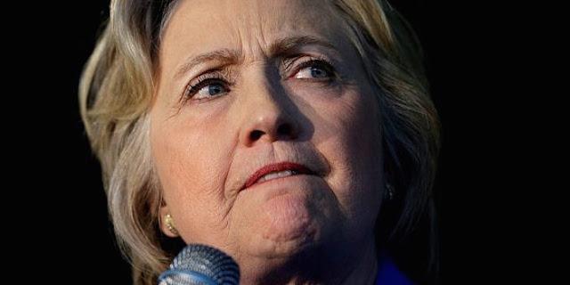 A organização de Julian Assange multiplica as revelações embaraçosas sobre a candidato democrata, Hillary Clinton