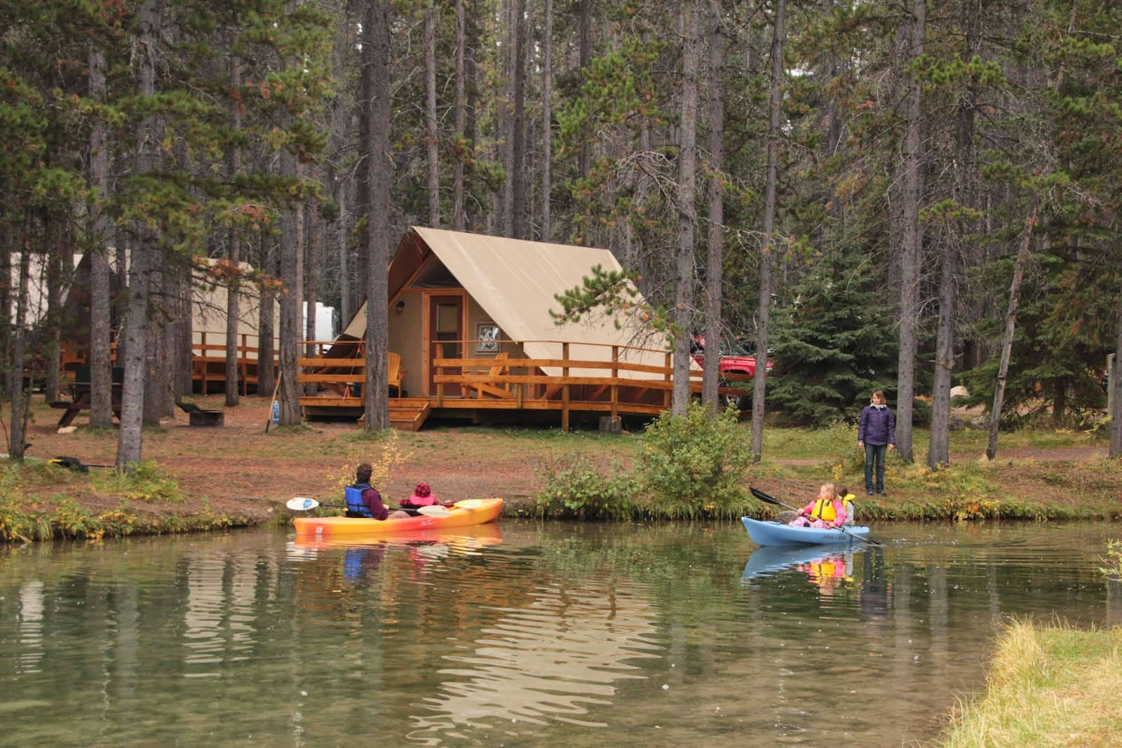 Family adventures in the canadian rockies the 5 best for Camp sites with cabins