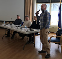 Chugiak-Eagle River public meeting (photo)