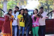 Karulo Shikarukelthe Movie Stills-thumbnail-5