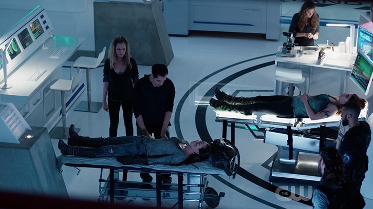 """The 100 - God Complex - Review: """"T - Minus 10 Days"""""""