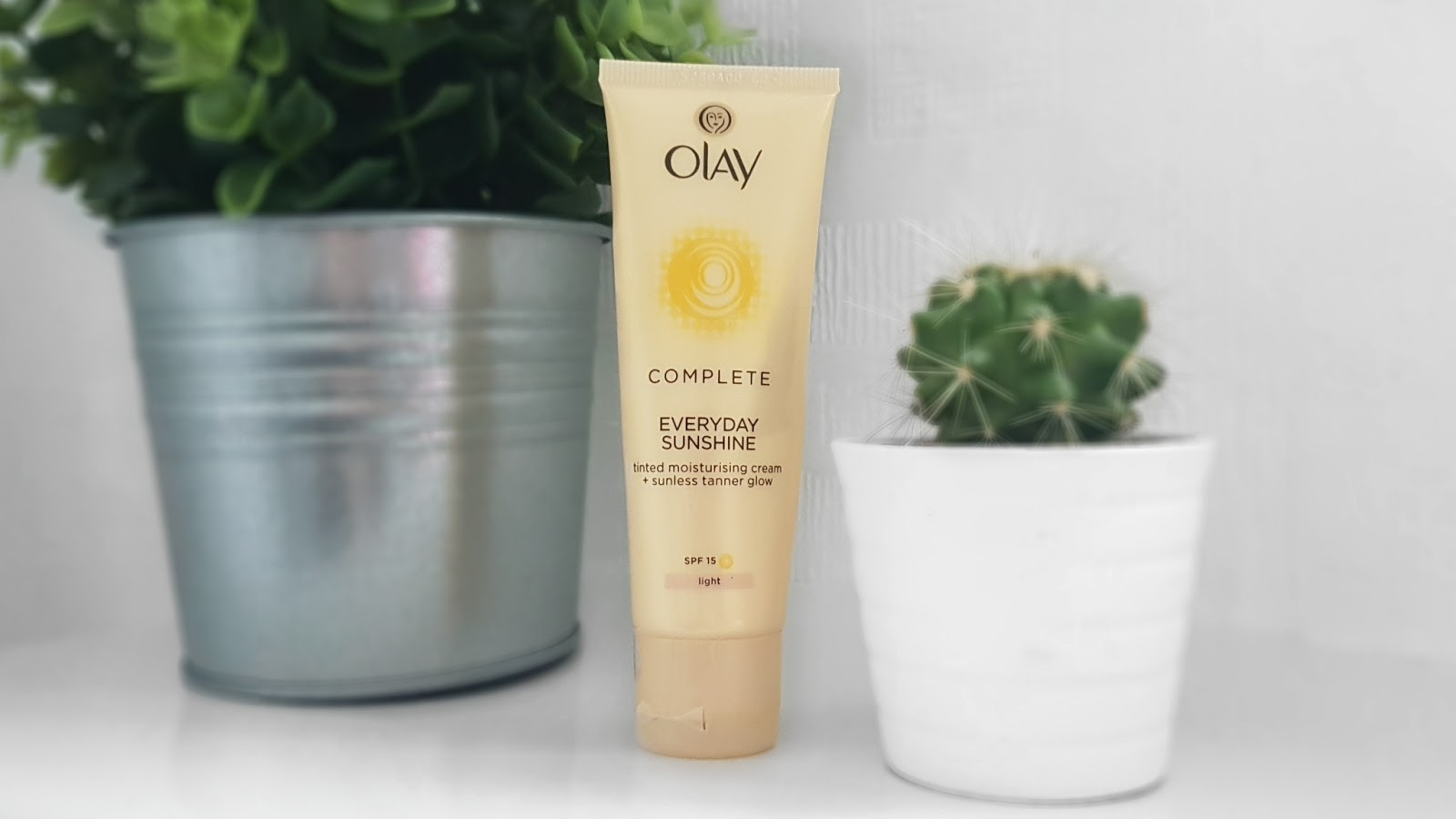 Olay Complete Everyday Sunshine Moisturiser