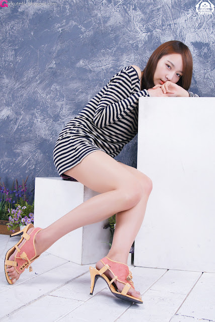 3 Lee Gyu Ri - Nice Legs-very cute asian girl-girlcute4u.blogspot.com
