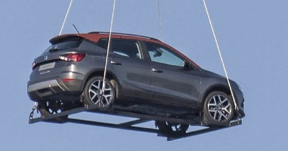 It S A Bird It S A Plane It S The New Seat Arona Flying