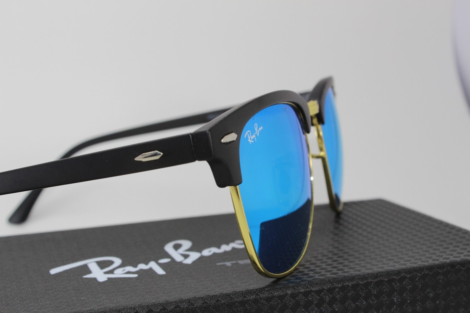 44380af5971 Detailed Specification of Ray-Ban Unisex  Clubmaster RB3016 114517   Sunglasses