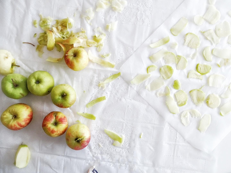 Apfelchips selbstgemacht - 12 DIY-Nachmach-Ideen, Deko-Inspirationen und Rezepte für den November - https://mammilade.blogspot.de