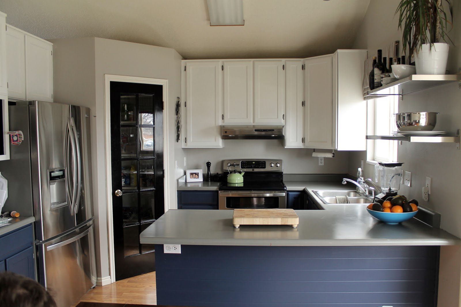 Navy Painted Base Cabinets - Chris Loves Julia